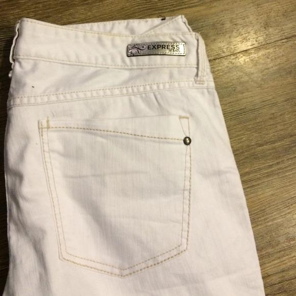 Express - Express white jeans from Kris's closet on Poshmark