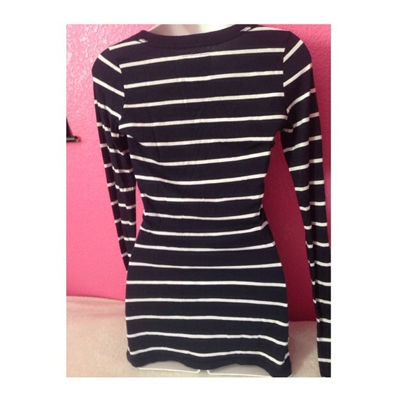 47 Off Abercrombie Fitch Tops Navy Blue Striped Long