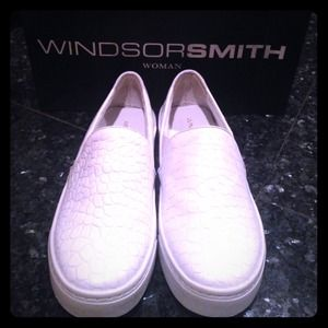 WINDSOR Shoes - Windsorsmith white shoes NWT