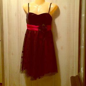 👗👗BNWT Black & Red Polka Dot Dress size 3 🆕🆕🆕