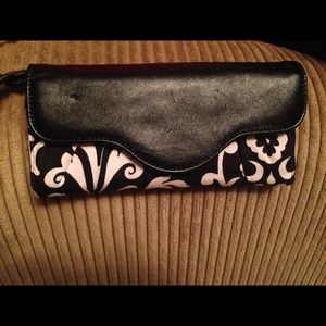 Thirty one floral black and white wallet!