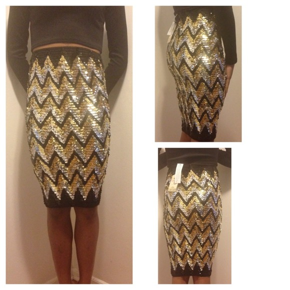 Metallic Silver, Gold, & Black Sequin Pencil Skirt S/M from ...