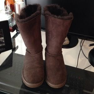ugg boots size 6!