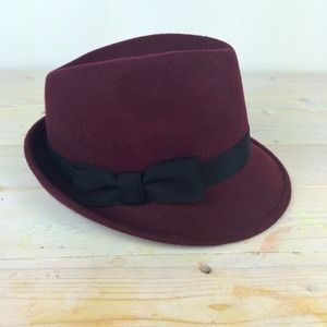 Nordstrom Accessories - Burgundy Wool Fedora