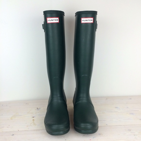 "Hunter Shoes - Green Hunter ""Original Tall"" Rain Boots"