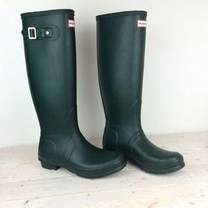 "Hunter Shoes - Green Hunter ""Original Tall"" Rain Boots"