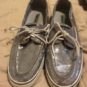 Cute top-sider sperrys only worn once!