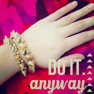 Jewelry - Set of 2 gold spike bracelets