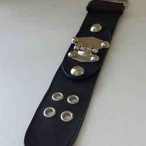 Jewelry - Leather bracelet