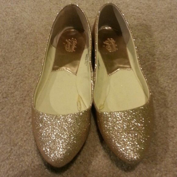 Glitter Pointe Pointed Toe Glitter Flats