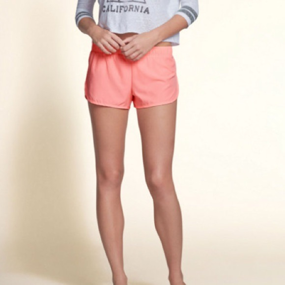 Hollister Curved Hem Shorts Curved Hem Athletic Shorts