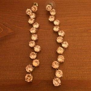 Jewelry - Gorgeous drop earrings