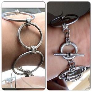 Aged Matte Silver 5 Circles Bracelet