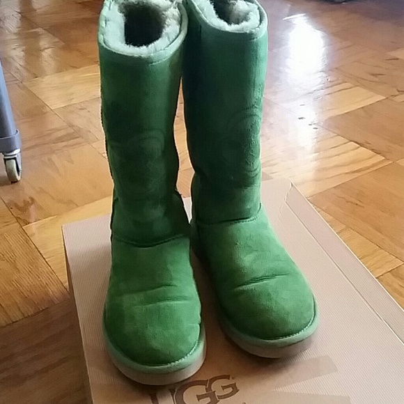 Candy Apple Green Ugg