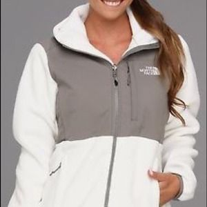 North Face Denali Hoodie Fleece- Women's Medium