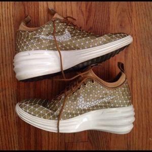 low priced b83fe a6fab Nike Shoes - Nike Lunar Elite Sky