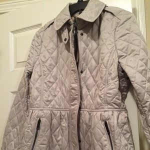 Burberry jacket. Trench color. NO TRADE!!