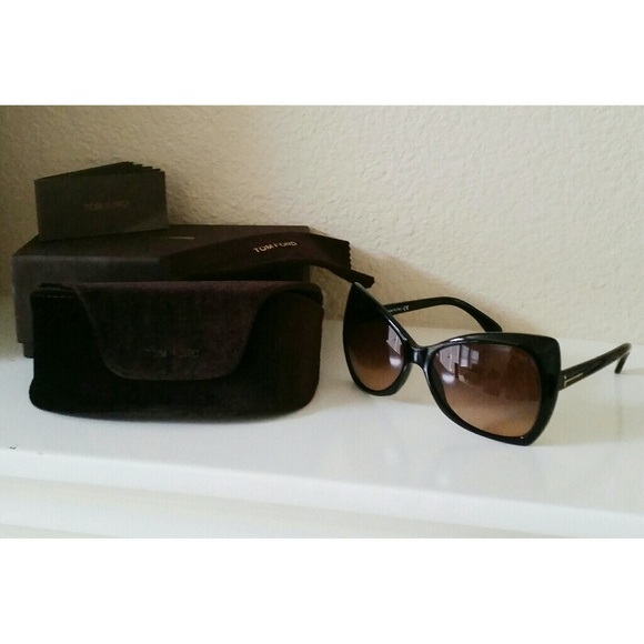 806acd347da Authentic Tom Ford Sunglasses Nico TF175 01P. M 5462a1fcf024f20fe54c7b37