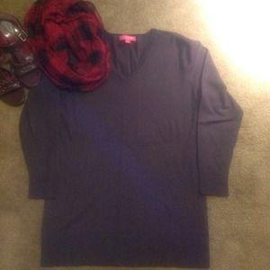 Tops - Pull on V Neck Sweater