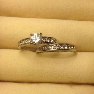Jewelry - 🌸Sparkling Sapphire WAS $30