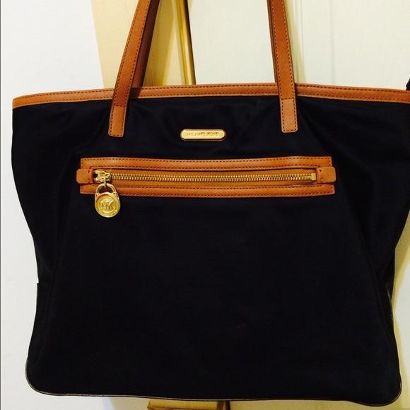 Bolsa Michael Kors Nylon : Michael kors handbags nylon
