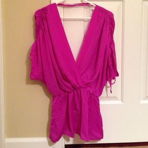 Fuchsia deep v neck front and back aryn k top