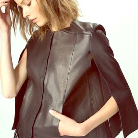 🔥HP 9/10 Maje leather cape! Straight out of Paris