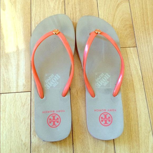 13d785b1e94f Tory Burch Shoes - Tory Burch Flip-Flops - Size 10