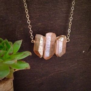 Jewelry - Raw rose quartz necklace