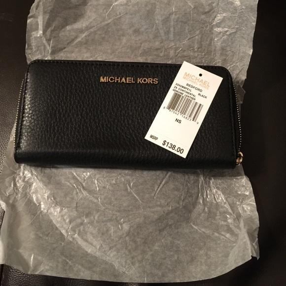 60b067915c20 Michael Kors Bags   Bedford Continental Wallet Black   Poshmark