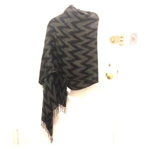 Armani exchange grey and black scarf