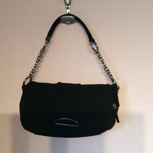 GENUINE LEATHER BLACK BAG.