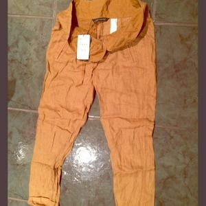 Zara pants brand new with tag.
