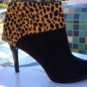 Get your leopard boot on