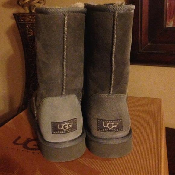 Ugg Boots Classic Short Grey