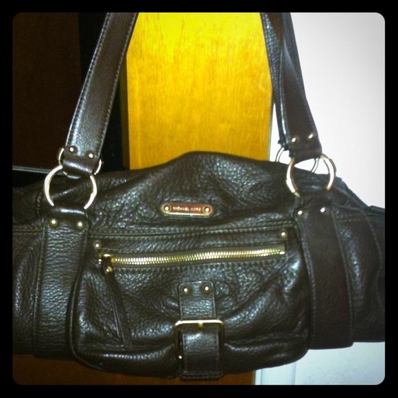 df51ccbc83 Michael Kors soft leather handbag. M 5466b1b19dd0eb0560042fe6