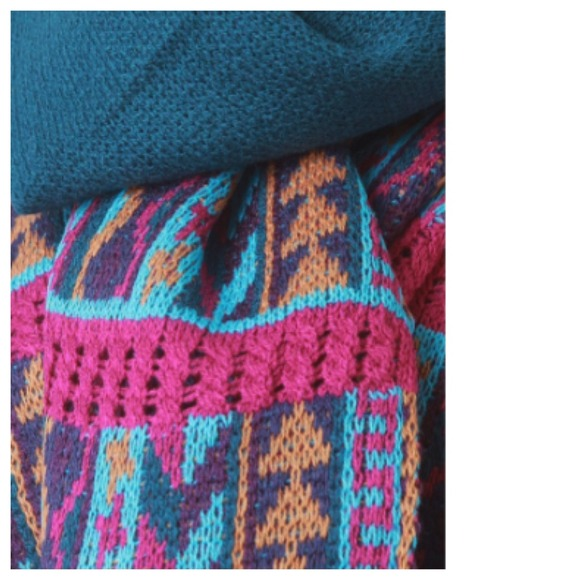 Accessories - Teal Pink Tribal Scarf