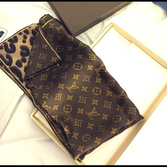 3641ae5c983 Louis Vuitton Accessories