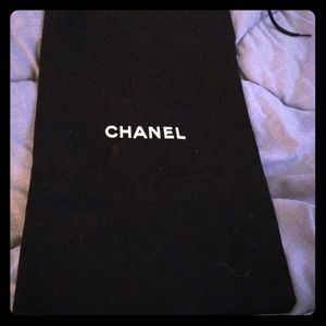 CHANEL Accessories - ✨Chanel Dust bag✨