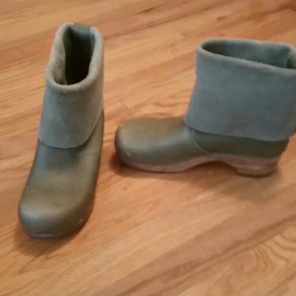 77% off Sanita Boots