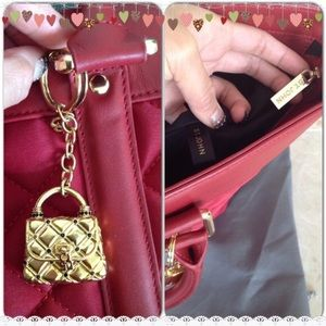 St. John Bags - 🎉HP🎉✨St. John Red Quilted & Leather Travel Tote✨