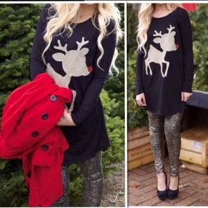 COMING BACK🎉 Reindeer Gold Glittery Tunic