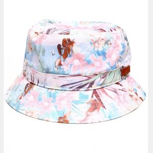 Jackets & Blazers - Waimea bucket hat