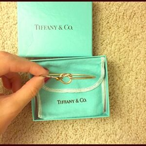 Authentic Tiffany & Co. Love Knot 18K bangle