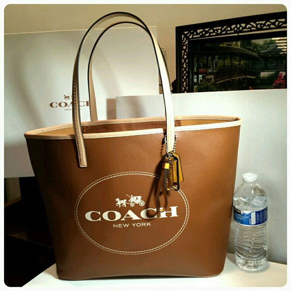 d9242bbb2b2d New Coach Saffiano Leather large metro tote brown