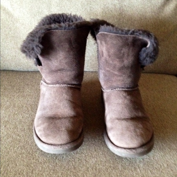 01a8e767e81 Ugg Bailey Button Boots (Chocolate)