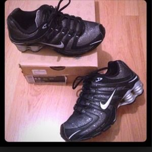... where can i buy nike shoes nike shox black glitter 6e5a8 73a26 b9ef89680