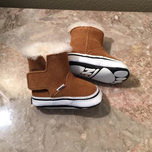 Baby Soft Bottom Brown Suede Boot Vans