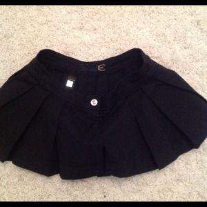 Just Cavalli Dresses & Skirts - Just Cavalli short skort sz 40 pleated large