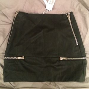 Nasty gal black leather skirt. Silver zippers.